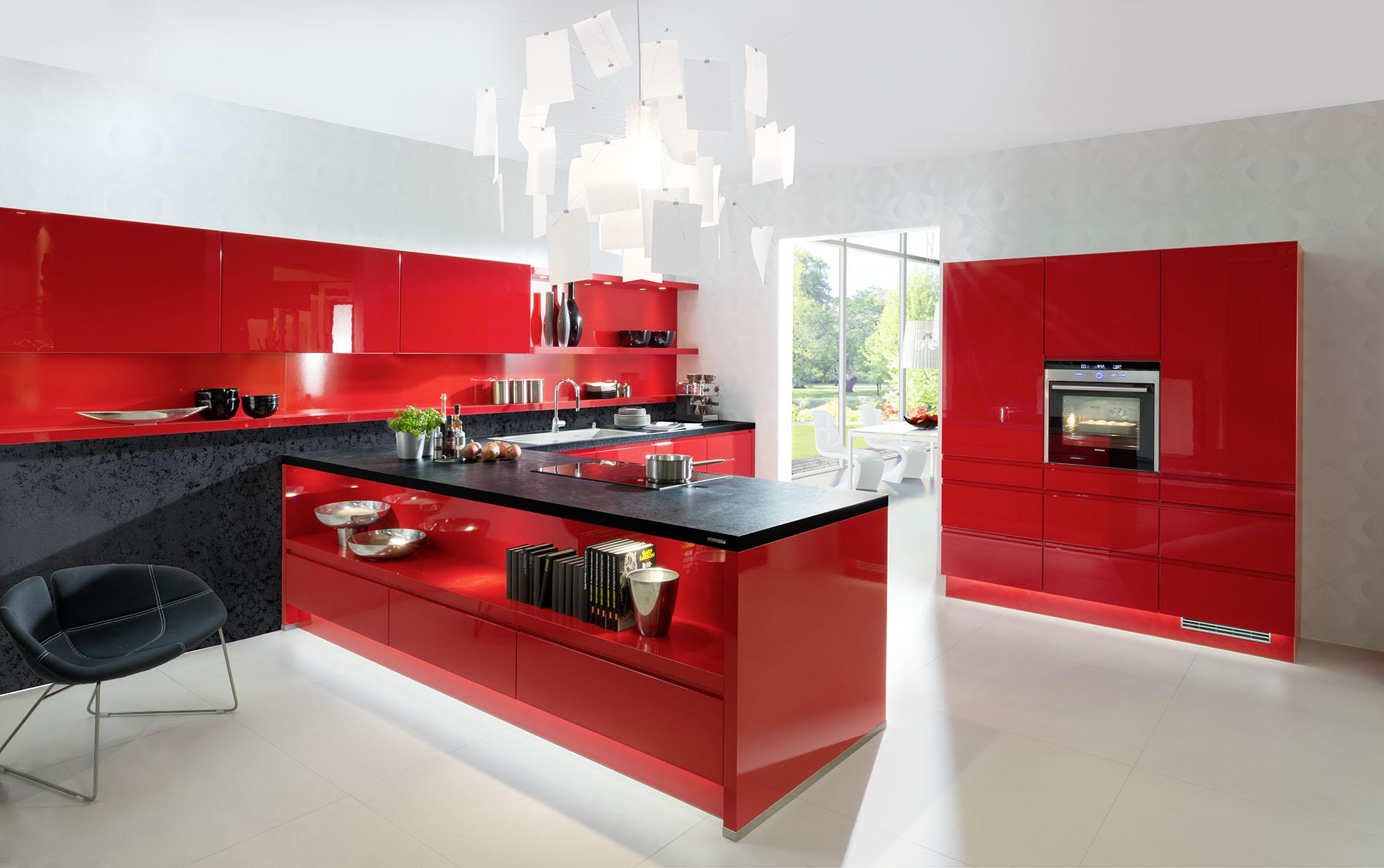 Luca cuisine chauss e de ch telet 15 6042 lodelinsart for Garage ouvert le dimanche 78